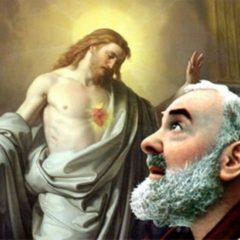 Padre Pio. Coroncina del mattino al Sacro Cuore di Gesù.