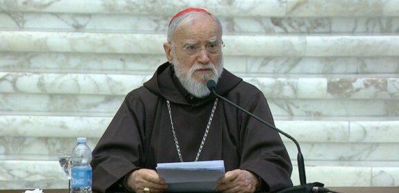 Il cardinale cappuccino Cantalamessa: la conversione è un balzo in avanti nella vita del Vangelo