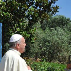 Papa Francesco: la devozione e l'affidamento a san Giuseppe «dormiente». Preghiera