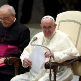 """Papa Francesco: tutti siamo """"santi"""" ma dobbiamo collaborare con Dio"""