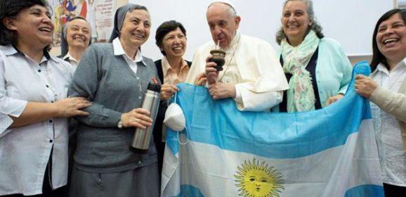 Papa Francesco alle salesiane: attente alla mondanità, è la strada del diavolo
