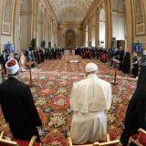 Papa Francesco: «Crisi ecologica senza precedenti, urgono risposte efficaci»